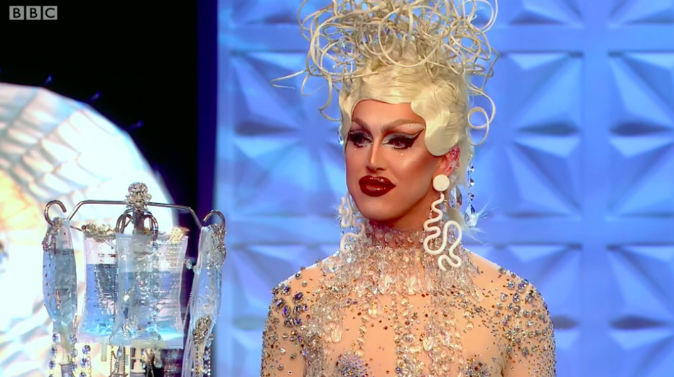 When Ru said drip this is exactly what I was hoping for. A'whora, if I ever need a drip promise me you'll come and  bedazzle it for me. But seriously, those earrings. Iconic.